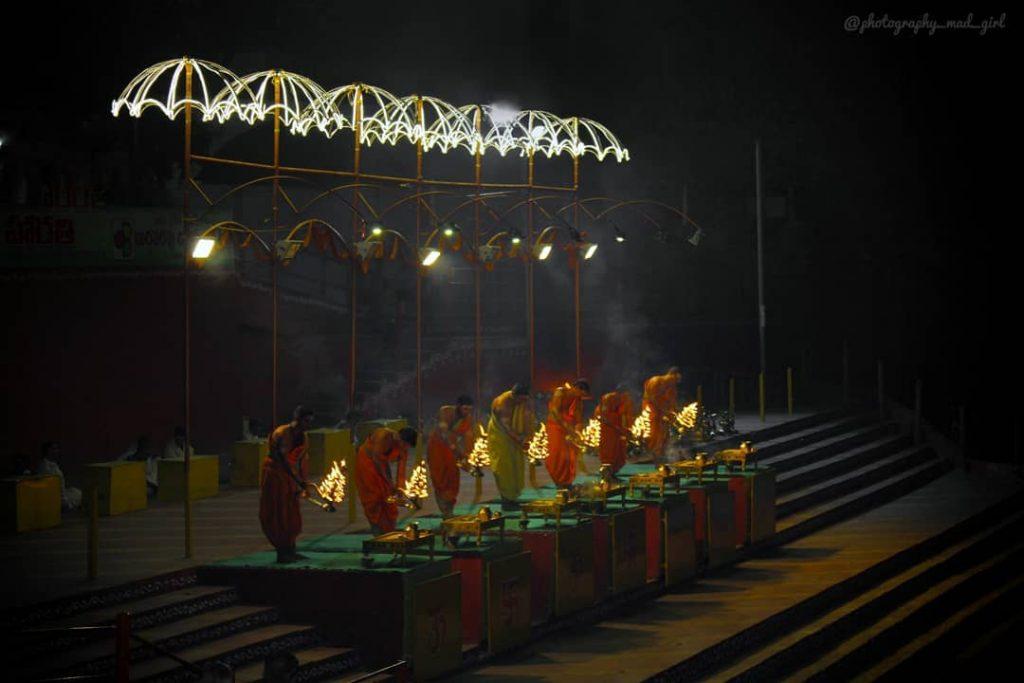 A visual feast- Godavari harathi