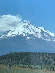 America through my eyes-Mount Shasta